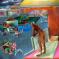 1981, Bhupen Khakhar : You Can't Please All - grande toile de 1,8 x 1,8 m peinte en 5 mois