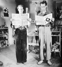 1949, Nico Koster : Corneille (à gauche) dans son studio, avec Constant