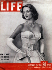 1949, Niki de Saint Phalle en couverture de Life