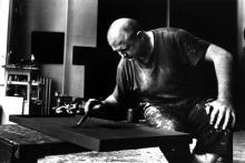 1966, Ad Reinhardt dans son studio, by John Loengard